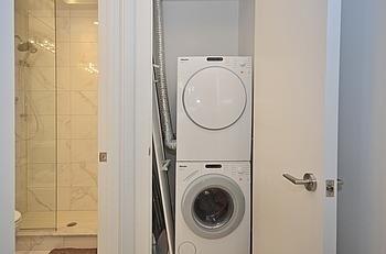 Condo Apartment at 39 Queens Quay Quay E, Unit 312, Toronto, Ontario. Image 15