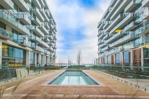 Condo Apartment at 39 Queens Quay Quay E, Unit 312, Toronto, Ontario. Image 6
