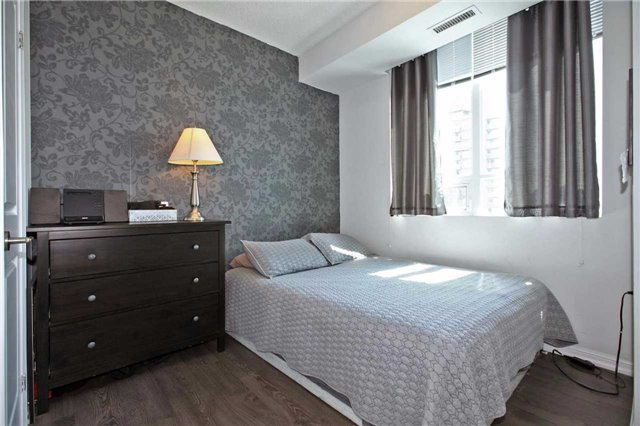 Condo Apartment at 125 Western Battery Rd, Unit 2410, Toronto, Ontario. Image 15
