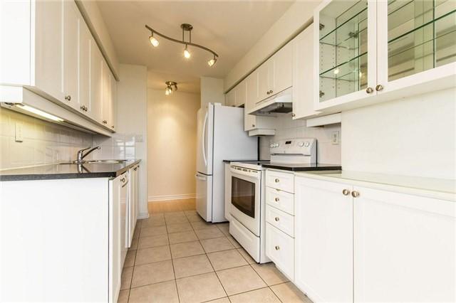 Condo Apartment at 3 Rean Dr, Unit 1807, Toronto, Ontario. Image 20