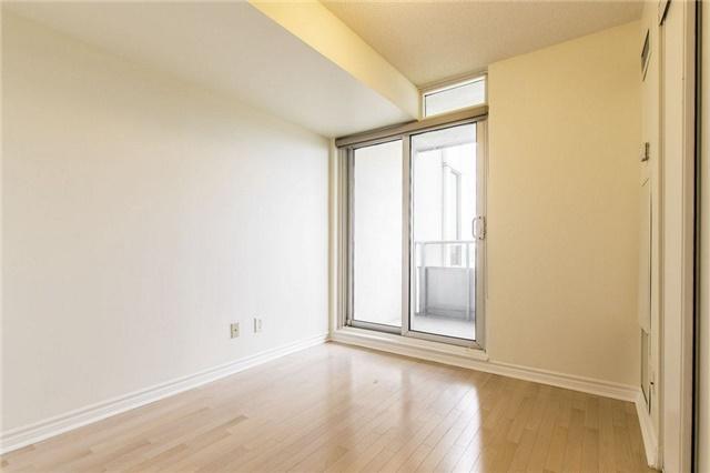 Condo Apartment at 3 Rean Dr, Unit 1807, Toronto, Ontario. Image 7