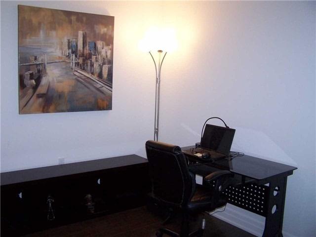 Condo Apartment at 8 The Esplanade, Unit 5106, Toronto, Ontario. Image 4