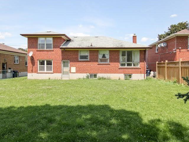 Detached at 199 Acton Ave, Toronto, Ontario. Image 2