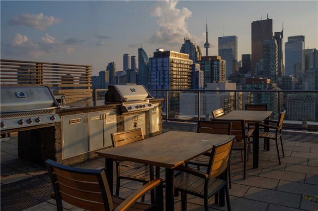 Condo Apartment at 320 Richmond St E, Unit 1119, Toronto, Ontario. Image 9