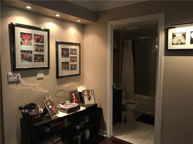 Condo Apartment at 2 Rean Dr, Unit 1013, Toronto, Ontario. Image 8