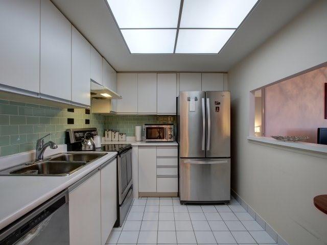 Condo Apartment at 5765 Yonge St, Unit 806, Toronto, Ontario. Image 17