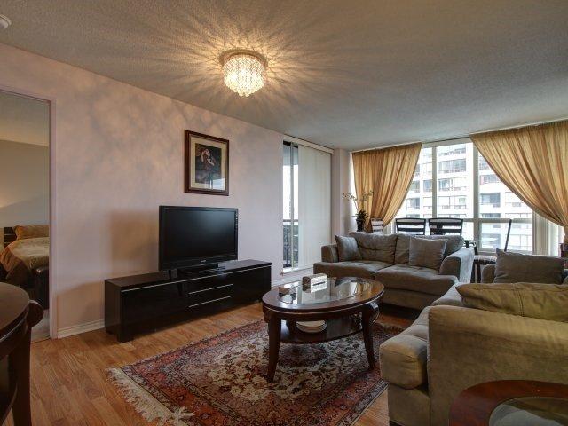 Condo Apartment at 5765 Yonge St, Unit 806, Toronto, Ontario. Image 19