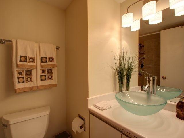 Condo Apartment at 5765 Yonge St, Unit 806, Toronto, Ontario. Image 6