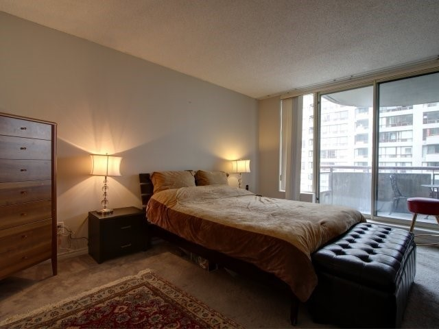Condo Apartment at 5765 Yonge St, Unit 806, Toronto, Ontario. Image 8
