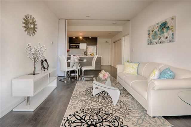 Condo Apartment at 62 Forest Manor Rd, Unit 206, Toronto, Ontario. Image 14