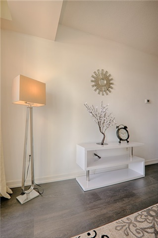 Condo Apartment at 62 Forest Manor Rd, Unit 206, Toronto, Ontario. Image 15