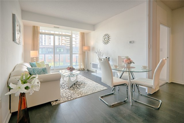 Condo Apartment at 62 Forest Manor Rd, Unit 206, Toronto, Ontario. Image 17
