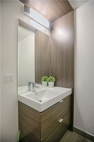 Condo Apartment at 62 Forest Manor Rd, Unit 206, Toronto, Ontario. Image 8