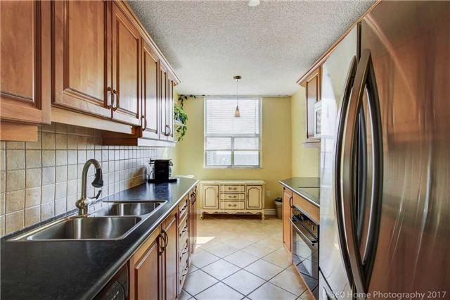Condo Apartment at 205 Hilda Ave, Unit 2008, Toronto, Ontario. Image 14