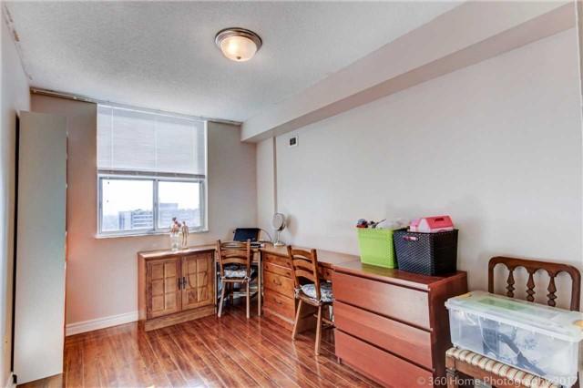 Condo Apartment at 205 Hilda Ave, Unit 2008, Toronto, Ontario. Image 2