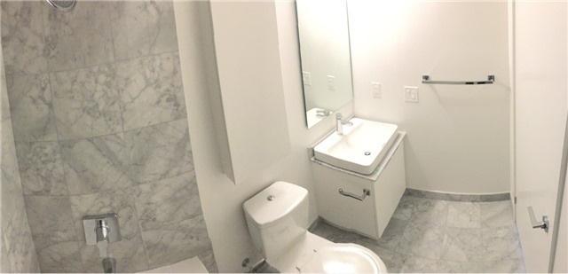 Condo Apartment at 14 York St, Unit 5503, Toronto, Ontario. Image 6