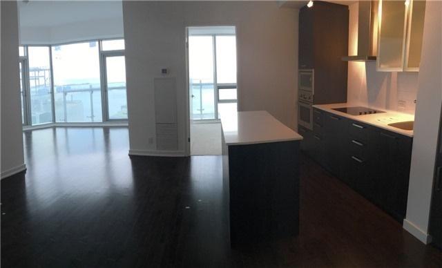 Condo Apartment at 14 York St, Unit 5503, Toronto, Ontario. Image 2