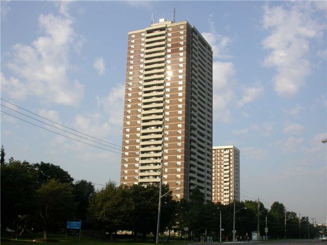 Condo Apartment at 10 Tangreen Crt, Unit 2208, Toronto, Ontario. Image 1