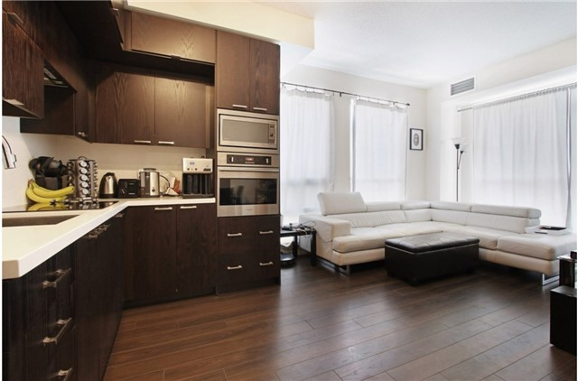 Condo Apartment at 120 Harrison Garden Blvd, Unit 1306, Toronto, Ontario. Image 15