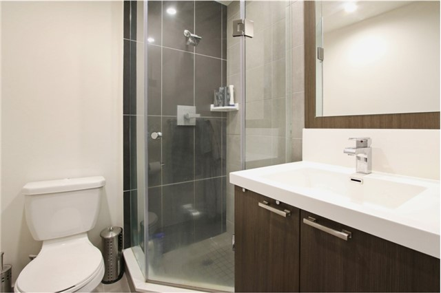 Condo Apartment at 120 Harrison Garden Blvd, Unit 1306, Toronto, Ontario. Image 17