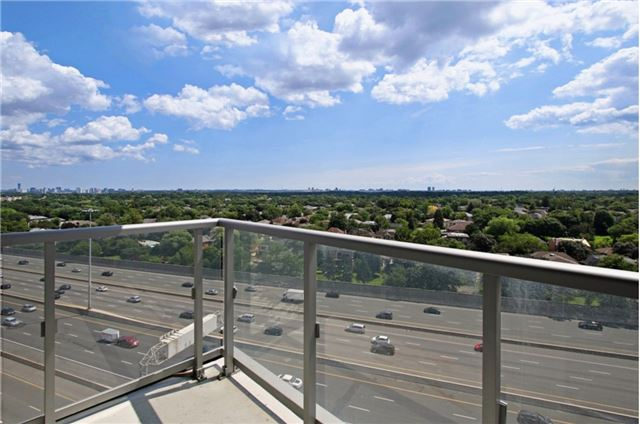 Condo Apartment at 120 Harrison Garden Blvd, Unit 1306, Toronto, Ontario. Image 5