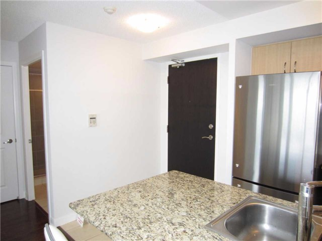 Condo Apartment at 5791 Yonge St, Unit 1902, Toronto, Ontario. Image 3