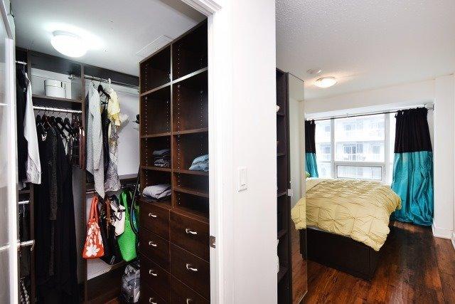 Condo Apartment at 20 Blue Jays Way, Unit 1403, Toronto, Ontario. Image 20