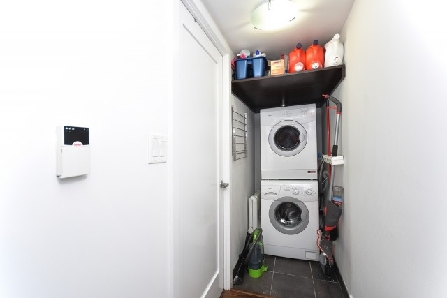 Condo Apartment at 20 Blue Jays Way, Unit 1403, Toronto, Ontario. Image 6