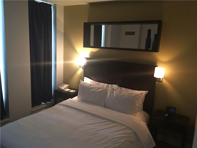 Condo Apartment at 8 Colborne St, Unit 2203, Toronto, Ontario. Image 4
