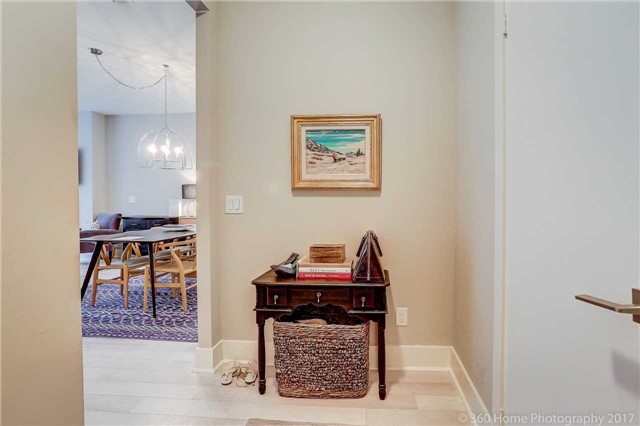 Condo Townhouse at 32 Davenport Rd, Unit Th1, Toronto, Ontario. Image 15