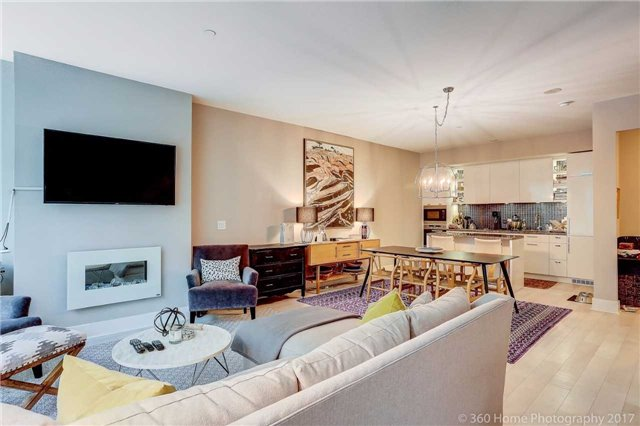 Condo Townhouse at 32 Davenport Rd, Unit Th1, Toronto, Ontario. Image 4