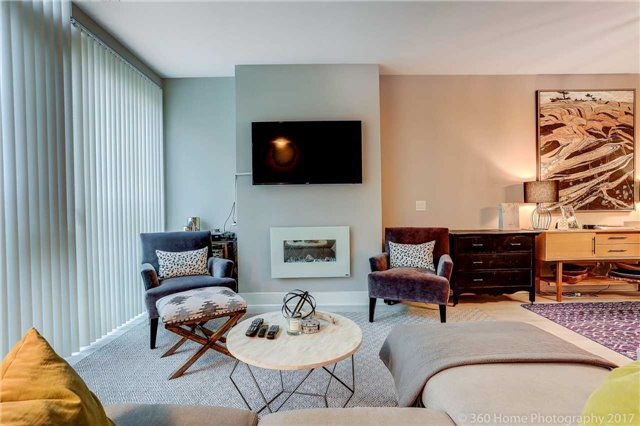 Condo Townhouse at 32 Davenport Rd, Unit Th1, Toronto, Ontario. Image 11