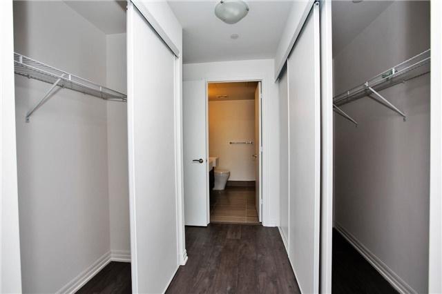 Condo Apartment at 88 Blue Jays Way, Unit 3903, Toronto, Ontario. Image 2