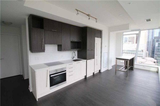 Condo Apartment at 30 Nelson St, Unit 2104, Toronto, Ontario. Image 6