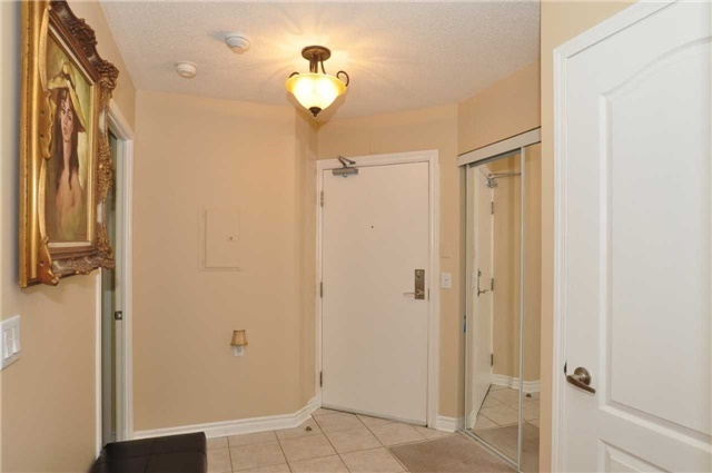 Condo Apartment at 890 Sheppard Ave W, Unit 215, Toronto, Ontario. Image 15