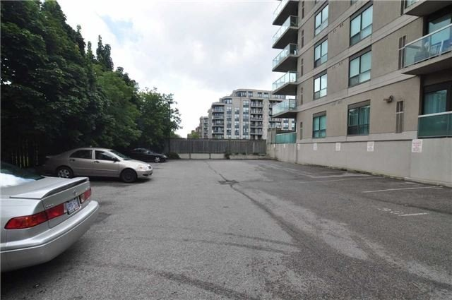 Condo Apartment at 890 Sheppard Ave W, Unit 215, Toronto, Ontario. Image 11