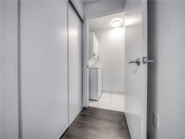 Condo Apartment at 66 Forest Manor Rd, Unit 410, Toronto, Ontario. Image 10