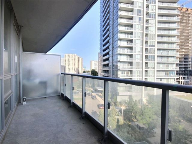Condo Apartment at 66 Forest Manor Rd, Unit 410, Toronto, Ontario. Image 11