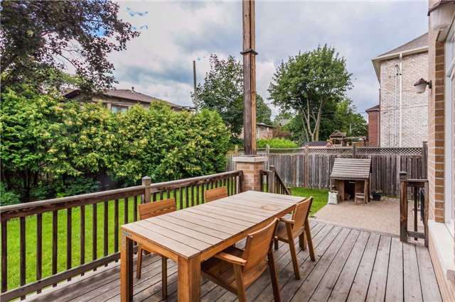 Detached at 39 Chelford Rd, Toronto, Ontario. Image 13