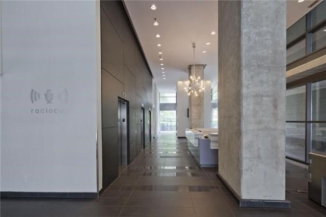 Condo Apartment at 281 Mutual St, Unit 1201, Toronto, Ontario. Image 8