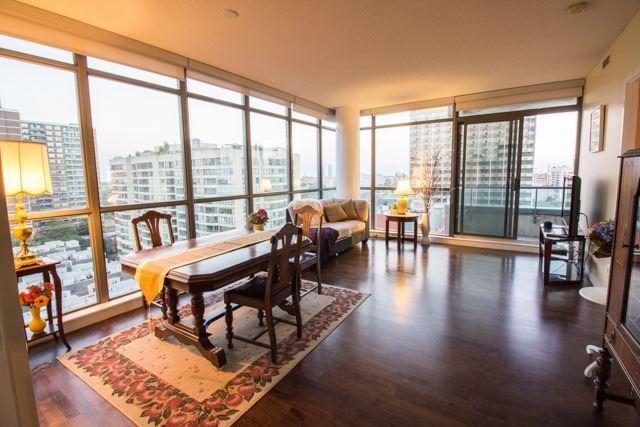 Condo Apartment at 281 Mutual St, Unit 1201, Toronto, Ontario. Image 10