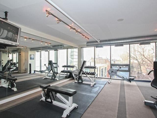 Condo Apartment at 281 Mutual St, Unit 1201, Toronto, Ontario. Image 4