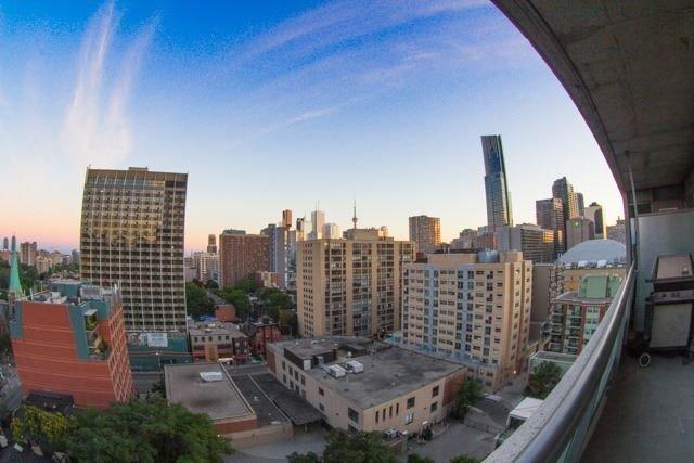 Condo Apartment at 281 Mutual St, Unit 1201, Toronto, Ontario. Image 7