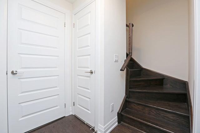 Condo Townhouse at 23 Eldora Ave, Unit 104, Toronto, Ontario. Image 12