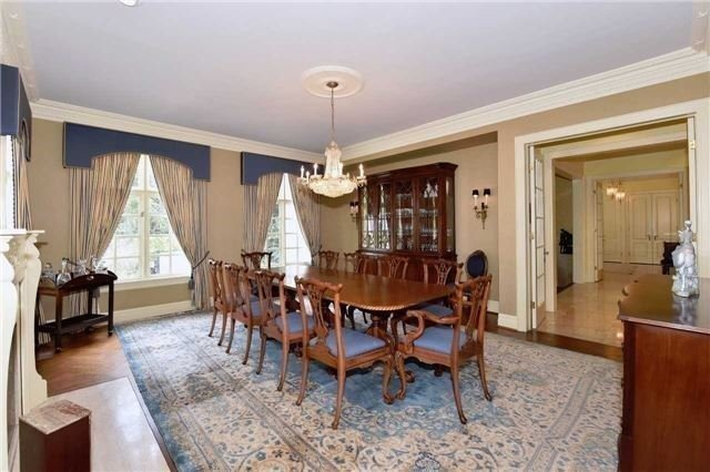 Detached at 2 Forest Glen Cres, Toronto, Ontario. Image 14