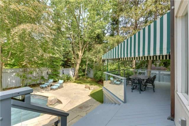 Detached at 2 Forest Glen Cres, Toronto, Ontario. Image 10