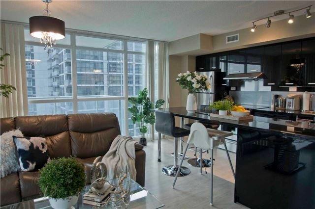 Condo Apartment at 29 Singer Crt, Unit 902, Toronto, Ontario. Image 15
