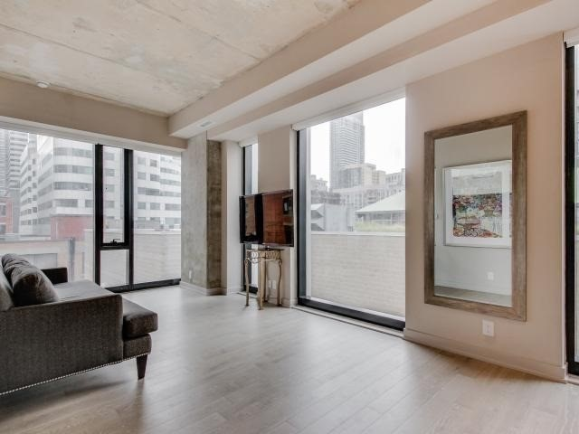 Condo Apartment at 11 Charlotte St, Unit 209, Toronto, Ontario. Image 10
