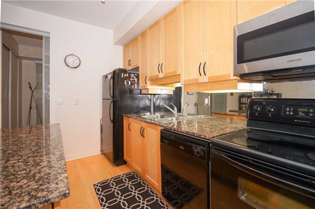 Condo Apartment at 220 Victoria St, Unit 1505, Toronto, Ontario. Image 12