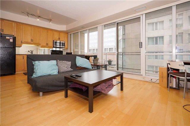 Condo Apartment at 220 Victoria St, Unit 1505, Toronto, Ontario. Image 16